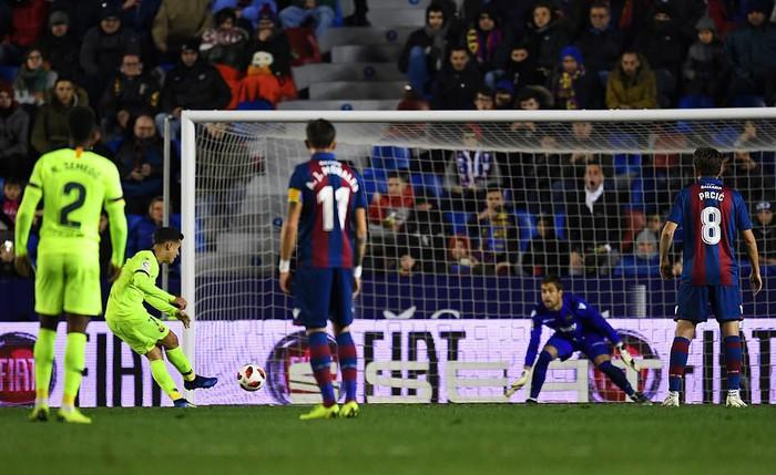 Lính đánh thuê từ Real khiến Barca ôm hận ở cúp Nhà Vua - Ảnh 6.