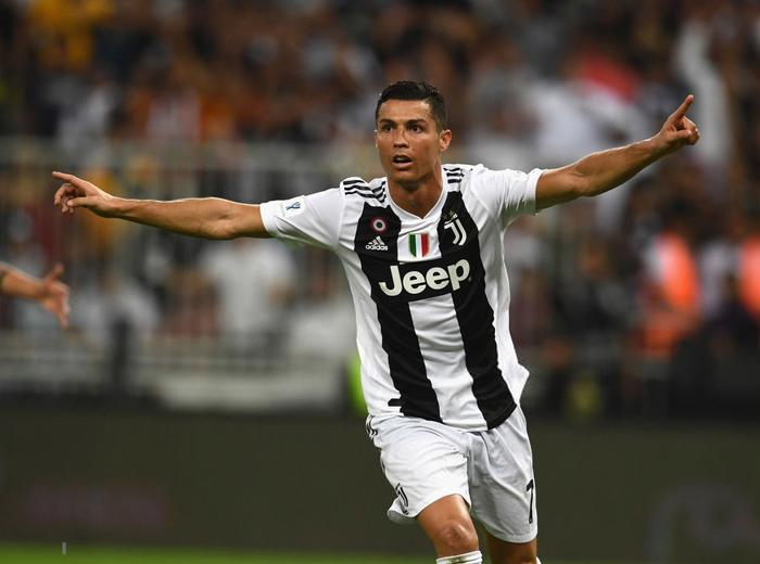 Ronaldo ghi bàn quyết định, cùng Juventus giành danh hiệu đầu tiên trong năm 2019 - Ảnh 6.