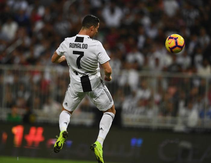 Ronaldo ghi bàn quyết định, cùng Juventus giành danh hiệu đầu tiên trong năm 2019 - Ảnh 5.