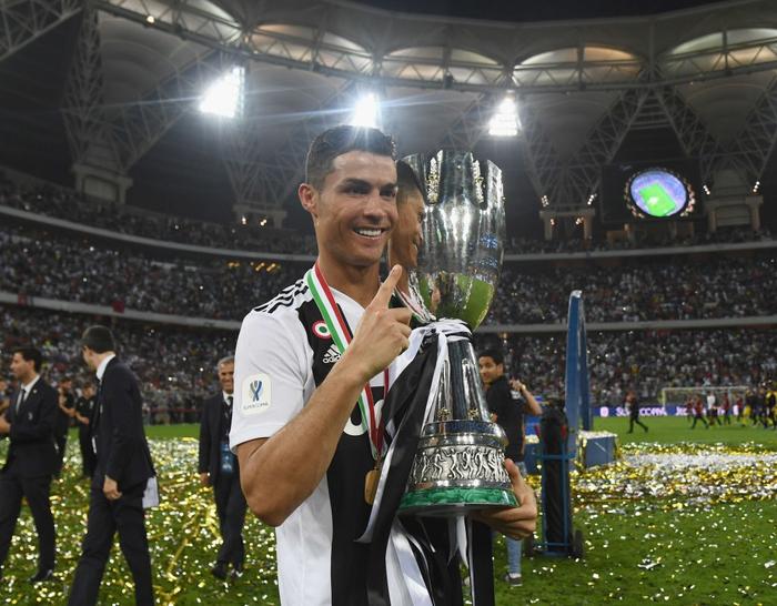 Ronaldo ghi bàn quyết định, cùng Juventus giành danh hiệu đầu tiên trong năm 2019 - Ảnh 8.
