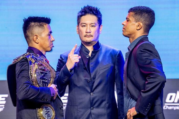 Eustaquio mất đai vô địch vào tay Moraes trong trận đấu siêu kinh điển tại ONE Championship: Heros Ascent - Ảnh 2.