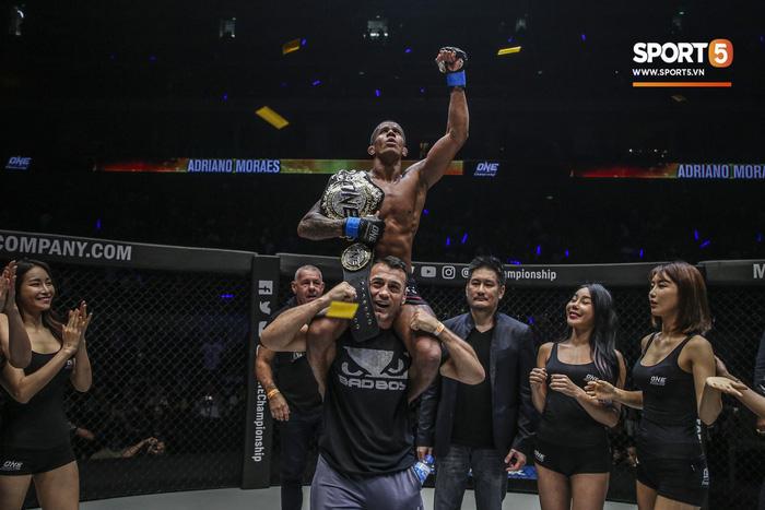 Eustaquio mất đai vô địch vào tay Moraes trong trận đấu siêu kinh điển tại ONE Championship: Heros Ascent - Ảnh 3.