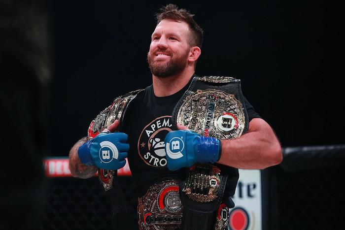 Hạ gọn huyền thoại võ thuật nước Nga, Ryan Bader lập thành tích chưa từng có tại giải MMA lớn thứ hai thế giới - Ảnh 3.