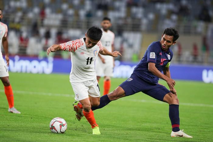 Tung đủ binh hùng tướng mạnh, Thái Lan vẫn thua sốc 1-4 trước đội xếp thứ 97 thế giới trong ngày ra quân tại Asian Cup 2019 - Ảnh 1.