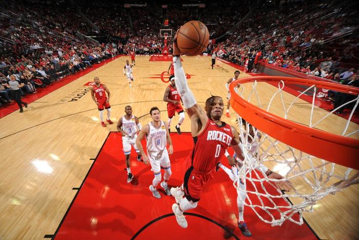 LeBron James vượt mặt Russell Westbrook để xác lập kỷ lục không tưởng tại NBA - Ảnh 2.