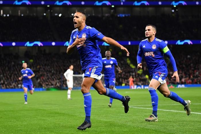 Tottenham 4-2 Olympiacos: Lội ngược dòng ngoạn mục, Mourinho có chiến thắng tưng bừng trong ngày trở lại đấu trường UEFA Champions League - Ảnh 1.