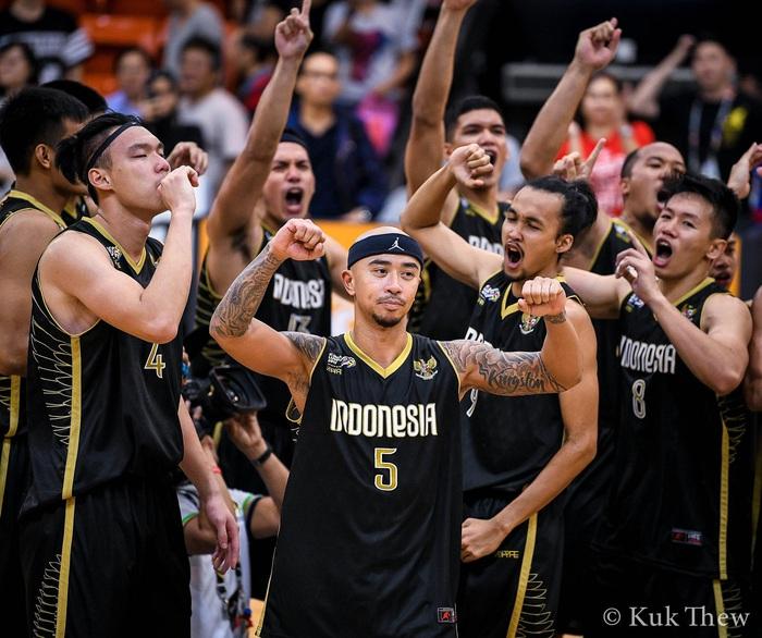 Đội tuyển bóng rổ Indonesia công bố danh sách chính thức tham dự SEA Games 30: Ngoại binh 'hàng khủng' bất ngờ vắng mặt - Ảnh 3.