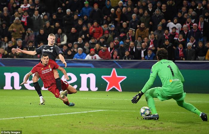 Liverpool giành quyền vào vòng 16 đội Cúp C1 sau thắng lợi thuyết phục trên đất Áo - Ảnh 2.
