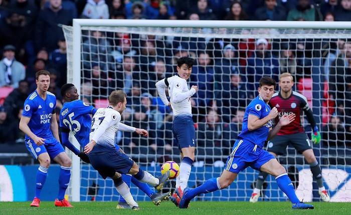 Son Heung-min tỏa sáng, Tottenham trừng phạt sai lầm thay người đá phạt đền của cựu vương NH Anh - Ảnh 9.