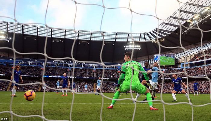 Bạn thân của Messi lại ghi 3 bàn, Man City hủy diệt Chelsea 6 bàn không gỡ, đòi lại ngôi đầu bảng từ tay Liverpool - Ảnh 6.