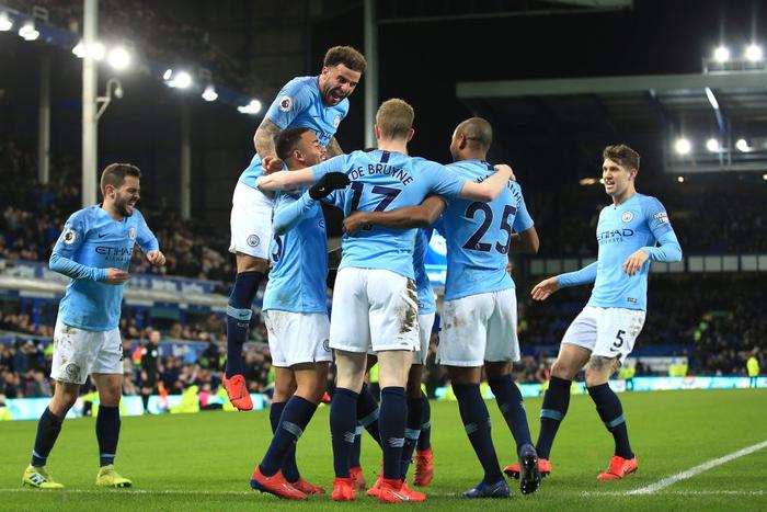 Đánh bại đối thủ truyền kiếp của Liverpool, Man City vượt lên chiếm lấy ngôi đầu bảng Ngoại hạng Anh - Ảnh 13.