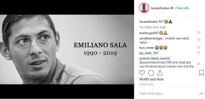 Dàn sao nổi tiếng thế giới bóng đá khóc thương cho số phận bi thảm của Sala, tiền đạo tử nạn sau vụ rơi máy bay bí ẩn - Ảnh 6.