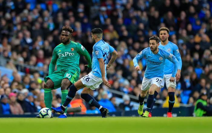 Ghi 3 bàn thắng thần tốc đầu hiệp hai, Man City cho Liverpool hít khói trong cuộc đua vô địch Ngoại hạng Anh - Ảnh 1.
