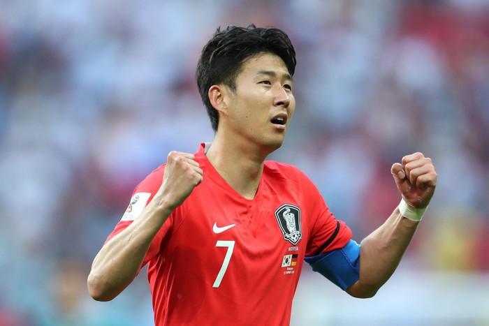 Tuổi thơ của cầu thủ số 1 châu Á Son Heung-min: Phải tâng bóng trong 4 tiếng liên tiếp, hứa sẽ chỉ lấy vợ khi giải nghệ - Ảnh 1.