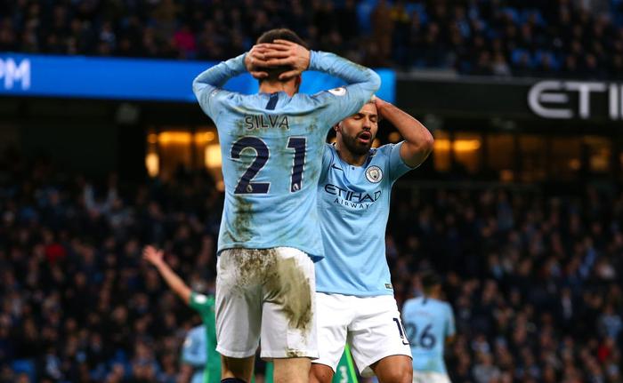 Ghi 3 bàn thắng thần tốc đầu hiệp hai, Man City cho Liverpool hít khói trong cuộc đua vô địch Ngoại hạng Anh - Ảnh 3.