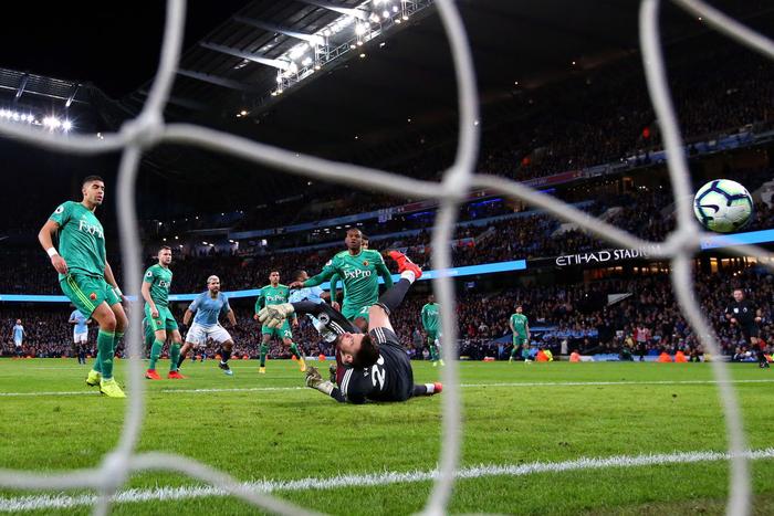 Ghi 3 bàn thắng thần tốc đầu hiệp hai, Man City cho Liverpool hít khói trong cuộc đua vô địch Ngoại hạng Anh - Ảnh 6.