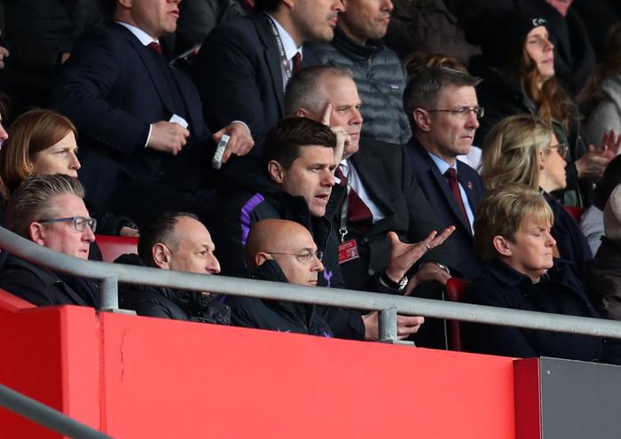 Ghi 3 bàn thắng thần tốc đầu hiệp hai, Man City cho Liverpool hít khói trong cuộc đua vô địch Ngoại hạng Anh - Ảnh 9.