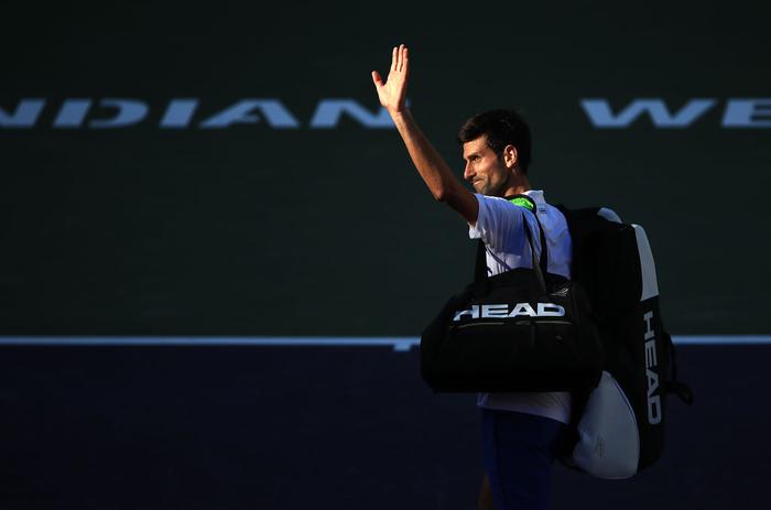 Djokovic nổi giận đạp nát vợt khi thua sốc, Federer hạ gục bạn thân tại Indian Wells - Ảnh 6.