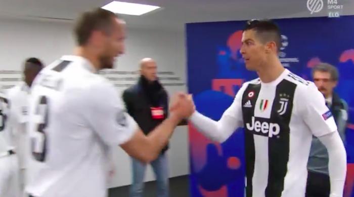 Đoạn video trong đường hầm cho thấy khả năng thủ lĩnh của Ronaldo - Ảnh 2.