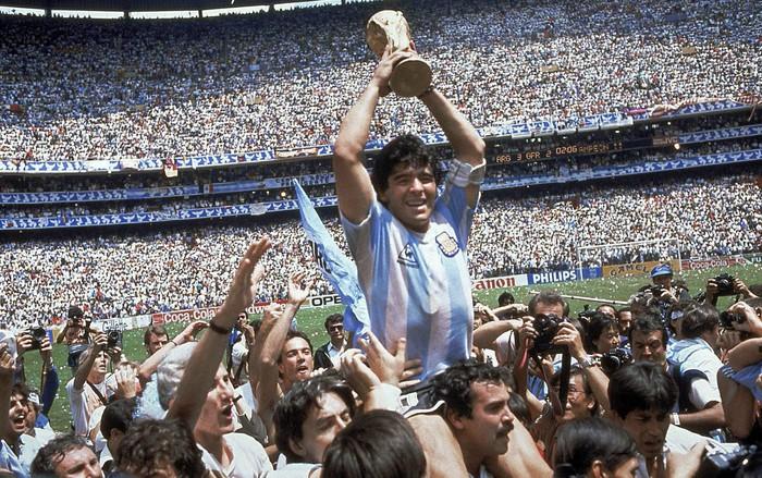 Đất nước Argentina tự hào về Messi, nhưng Ronaldo là quái vật kiêm thầy phù thuỷ - Ảnh 2.