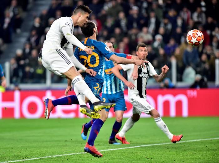 Ronaldo - thần chết gieo rắc nỗi kinh hoàng cho Atletico Madrid suốt 5 năm qua - Ảnh 7.