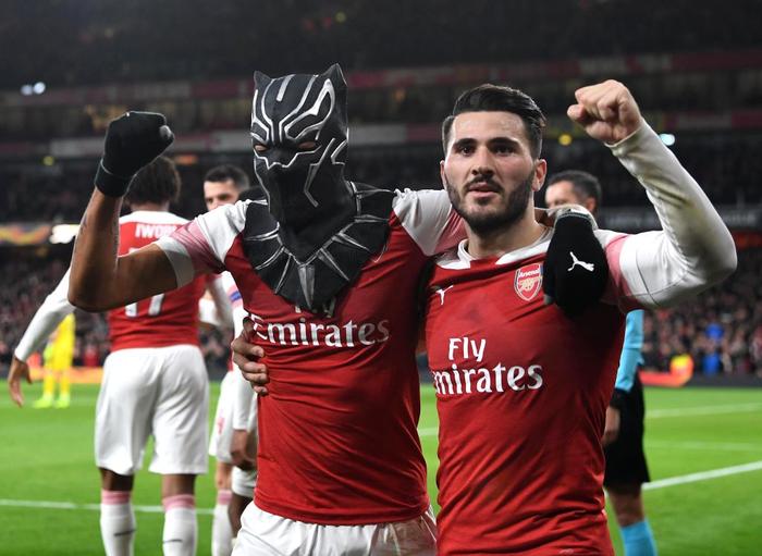 Black Panther xuất hiện, Arsenal ngược dòng xuất sắc tiến vào tứ kết Europa League - Ảnh 4.