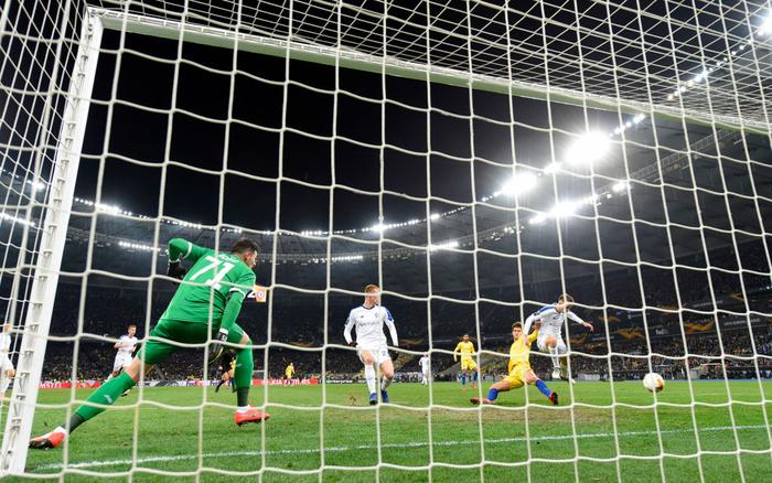 Siêu chân gỗ nổ tưng bừng, Chelsea vùi dập đối thủ 8-0 ở Europa League - Ảnh 5.