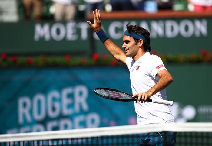 Federer ghi điểm khiến tỷ phú Bill Gates trầm trồ, sẽ đại chiến Nadal ở bán kết Indian Wells - Ảnh 3.