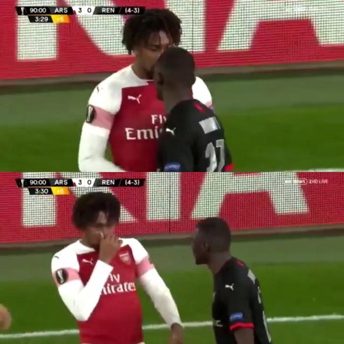 Sau va chạm, sao trẻ Arsenal bịt mũi chê đối thủ hôi miệng - Ảnh 1.