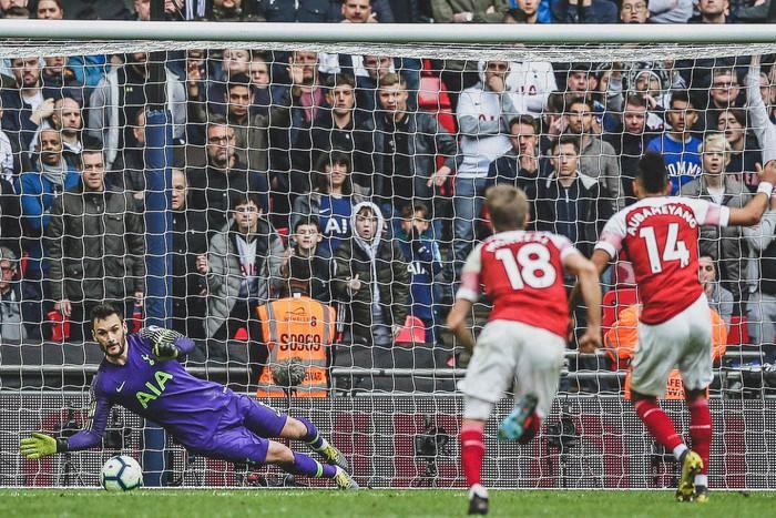 Hai quyết định sai lầm của trọng tài góp phần khiến Arsenal bị chia điểm với Tottenham - Ảnh 2.