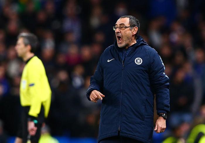 Bước ngoặt tai hại cuối hiệp 1 khiến Arsenal thua thảm ở cúp châu Âu - Ảnh 10.
