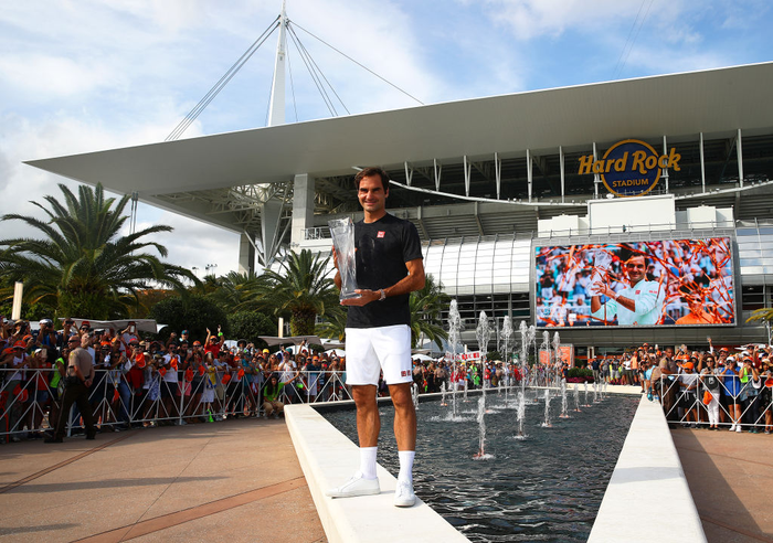Khiến đương kim vô địch từ bỏ vũ khí, Federer vô địch Miami Open để giành danh hiệu thứ 101 - Ảnh 9.