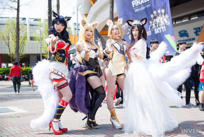 Tưng bừng lễ hội cosplay trước thềm chung kết LCK mùa xuân 2019: Bang hóa thân thành Ezreal khuấy động không khí - Ảnh 6.