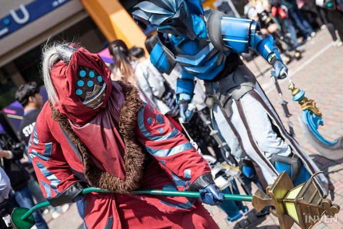 Tưng bừng lễ hội cosplay trước thềm chung kết LCK mùa xuân 2019: Bang hóa thân thành Ezreal khuấy động không khí - Ảnh 12.