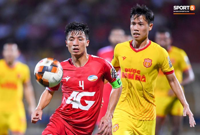 Bùi Tiến Dũng sắm vai người cân team trong chiến thắng thứ hai của Viettel tại V.League 2019 - Ảnh 3.