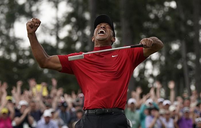 Tiger Woods chấm dứt cơn khát danh hiệu major kéo dài 11 năm bằng chiến thắng kịch tính - Ảnh 8.