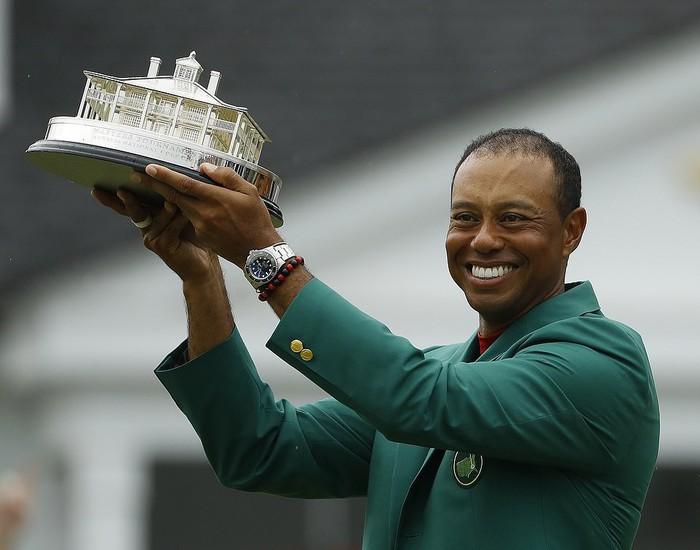 Tiger Woods chấm dứt cơn khát danh hiệu major kéo dài 11 năm bằng chiến thắng kịch tính - Ảnh 2.