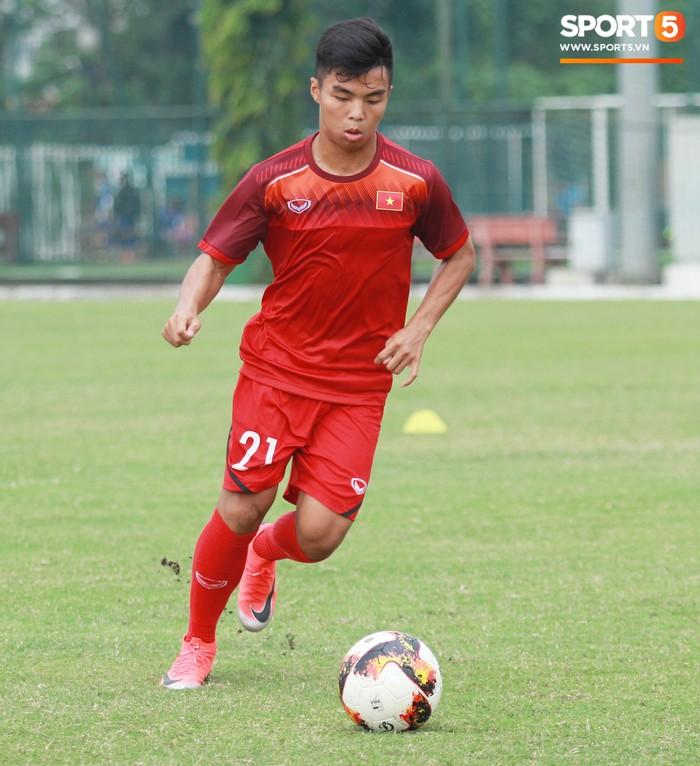 Top 5 nấm lùn của U18 Việt Nam - Ảnh 4.