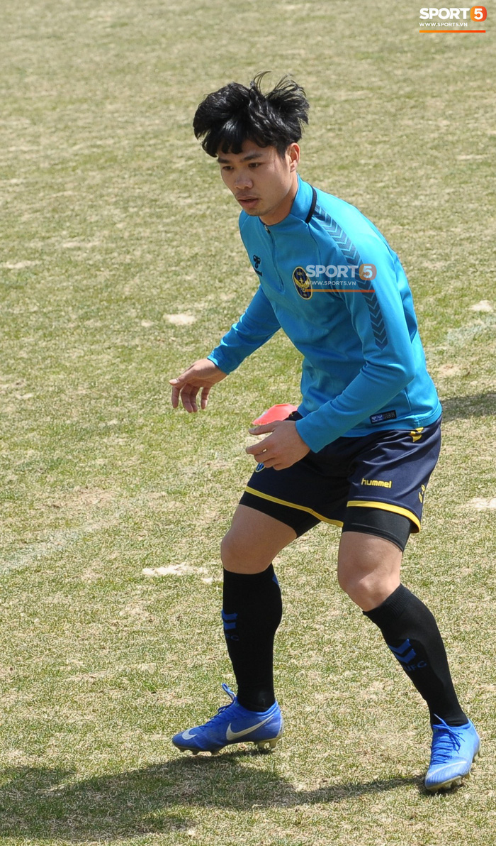 Công Phượng cười thả ga trong buổi tập của Incheon United, sẵn sàng cho lần đá chính tiếp theo ở K.League - Ảnh 15.