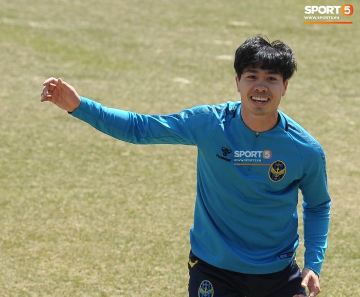 Công Phượng cười thả ga trong buổi tập của Incheon United, sẵn sàng cho lần đá chính tiếp theo ở K.League - Ảnh 6.