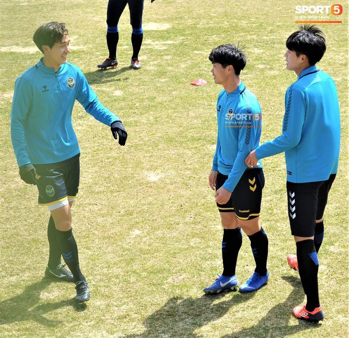 Công Phượng cười thả ga trong buổi tập của Incheon United, sẵn sàng cho lần đá chính tiếp theo ở K.League - Ảnh 8.