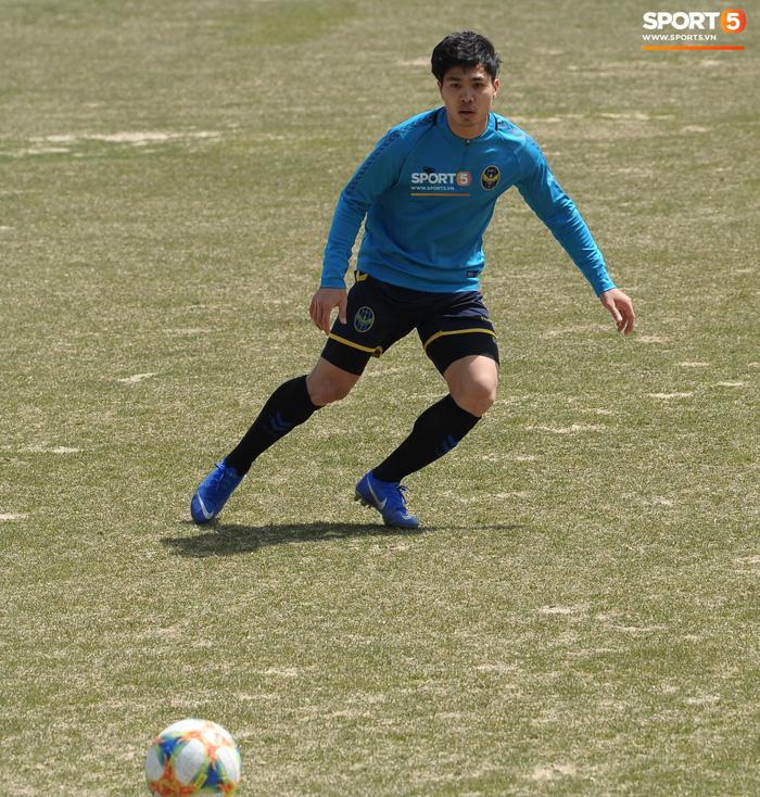 Công Phượng cười thả ga trong buổi tập của Incheon United, sẵn sàng cho lần đá chính tiếp theo ở K.League - Ảnh 11.