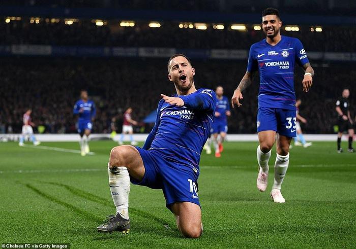 Hài hước: Nhìn Hazard chơi quá hay, fan Chelsea phải kiến nghị lên chính phủ để ngăn anh gia nhập Real - Ảnh 3.
