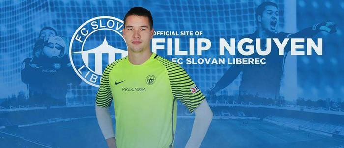 Màn trình diễn siêu đẳng của thủ môn Việt kiều Filip Nguyễn trong trận đấu với đội mạnh nhất CH Séc - Ảnh 2.