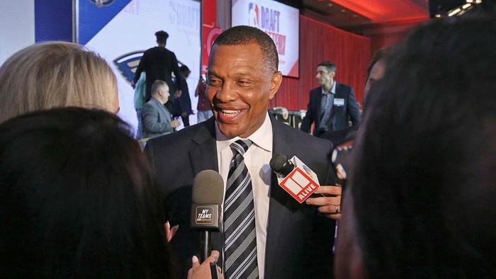 Pelicans với lượt chọn đầu tiên kỳ diệu tại NBA Draft Lottery 2019 - Ảnh 4.