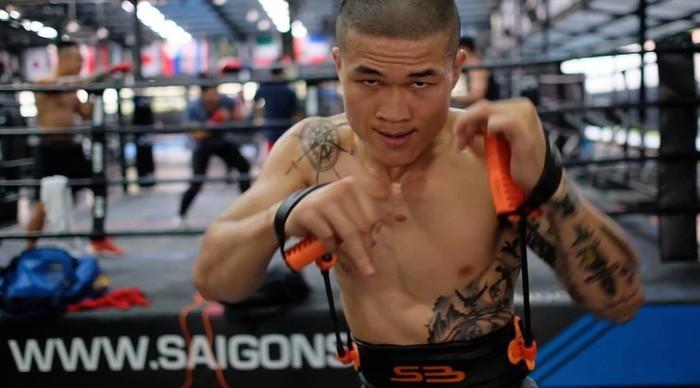 Cho rằng đối thủ thiếu thiện chí, Trương Đình Hoàng chính thức hủy kèo đấu được chờ đợi với võ sư Flores - Ảnh 1.