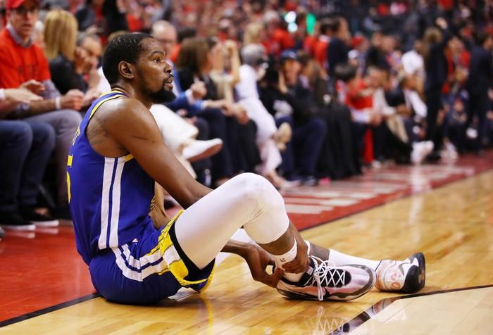 Chấn thương gót chân, mùa giải đã kết thúc với Durant? - Ảnh 1.