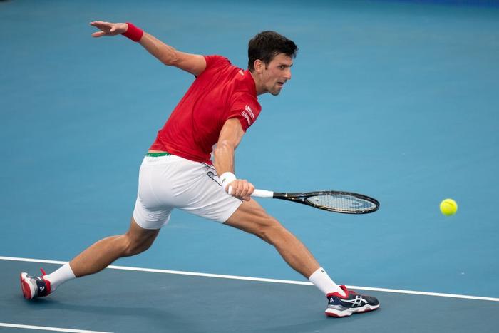 Đáp lời hoa khôi banh nỉ, Djokovic nhận sự cổ vũ cuồng nhiệt để ngược dòng kịch tính giúp Serbia vào bán kết ATP Cup - Ảnh 6.