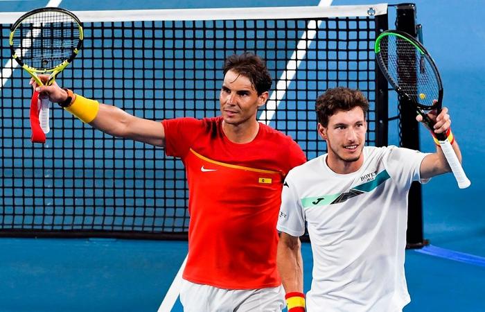 """Nadal """"thoát xác"""" hú vía từ tội đồ hóa người hùng, Tây Ban Nha nhọc nhằn vào bán kết ATP Cup - Ảnh 8."""