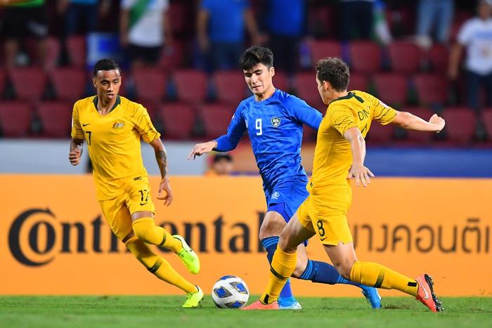 Đánh bại U23 Uzbekistan với tỉ số 1-0, U23 Australia giành vé dự Olympic sau 12 năm chờ đợi - Ảnh 2.
